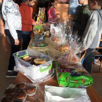 Великденски базар на 2А клас