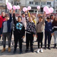 """В световния ден на Розовата фланелка,учениците от ГЦОУД -1,2,3 и 4 , казаха """" НЕ """" на тормоза в училище и """"ДА"""" на толерантността,благородството и уважението."""
