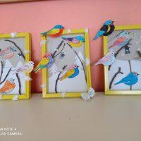 """Сръчните ръце на учениците от ГЦОУД 4 направиха картини на тема: """" Птици в снега"""", в  Занимания по интереси."""
